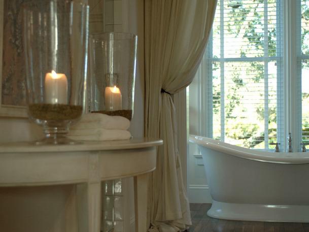 Romantic Master Bathroom Decorating Ideas: Bathroom Trends And Money Saving Tips