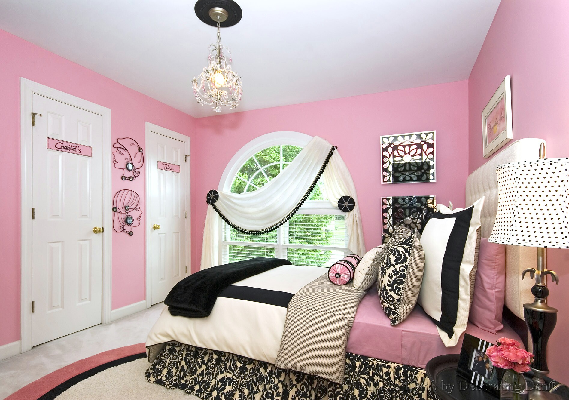 A bedroom makeover for a teen girl s room devine - Teenage girl bedroom decorations ...