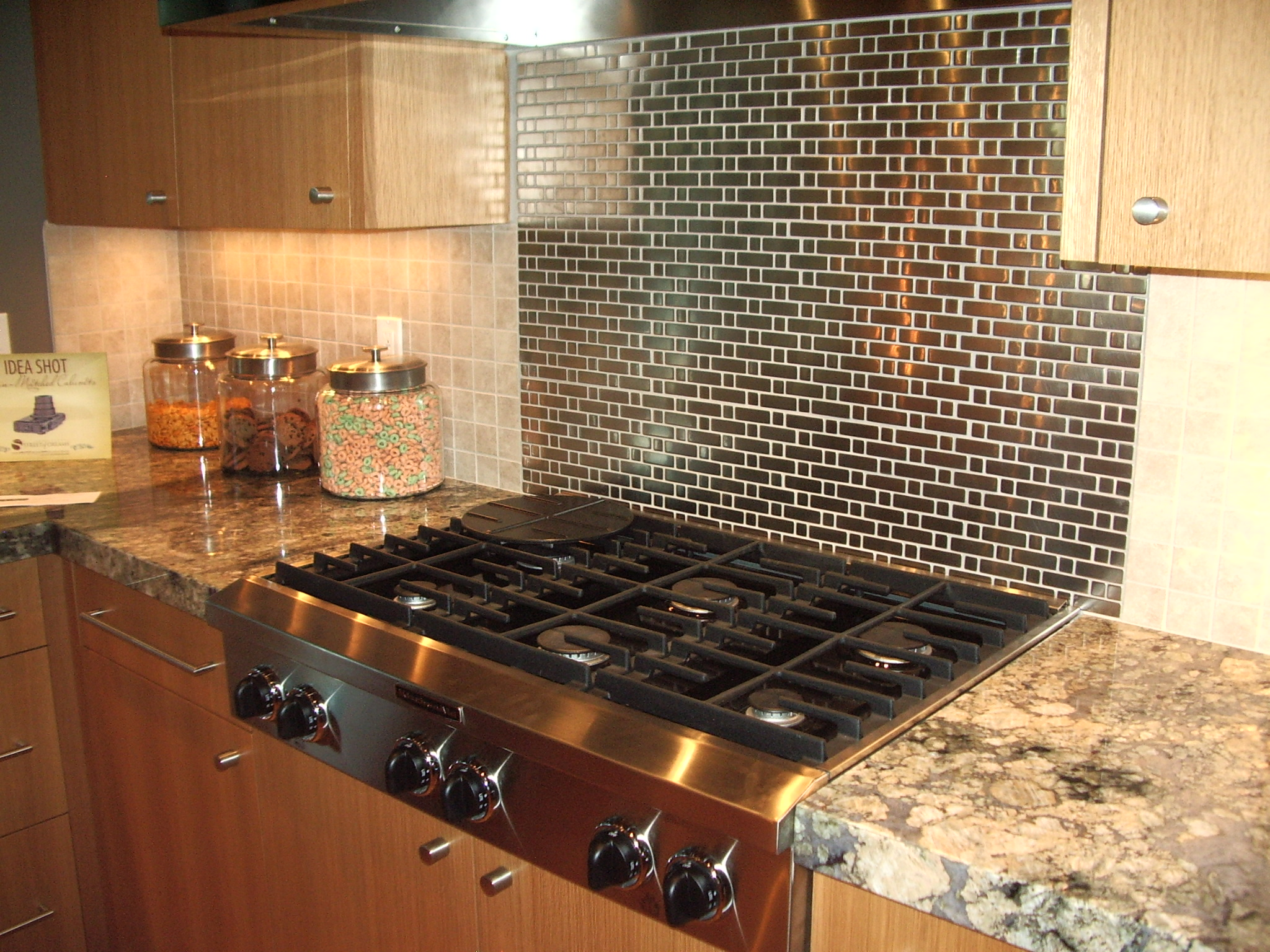 Important kitchen interior design components part 3 to backsplash or not to backsplash - Backsplash design ...