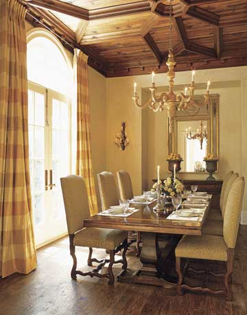 Decorating tips for adding a tuscan touch to your home for Tuscan dining room ideas