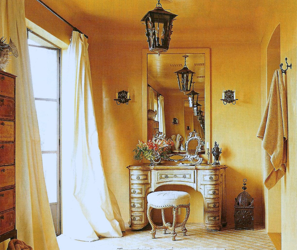 Decorating tips for adding a tuscan touch to your home Tuscan style bathroom ideas