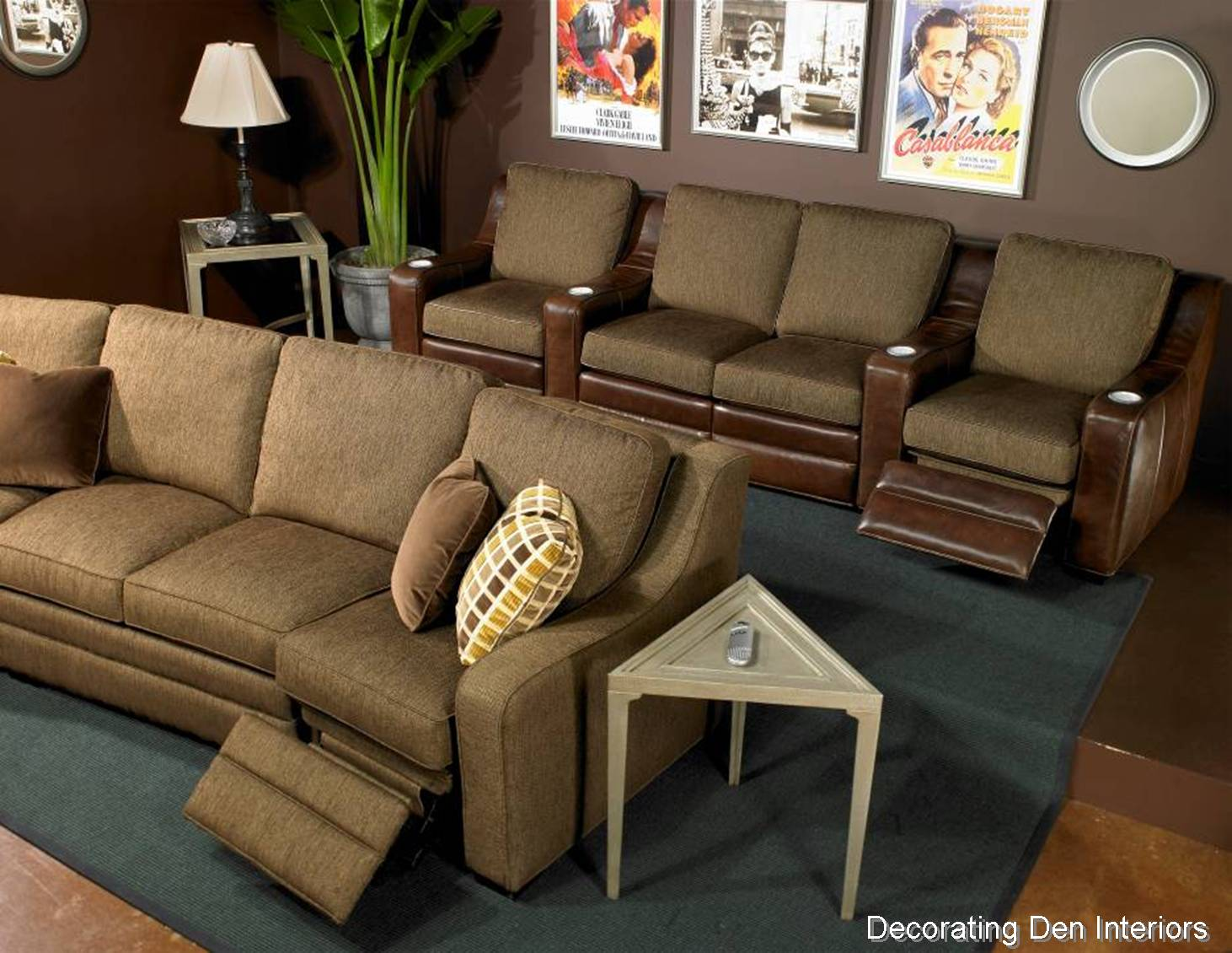 Tips for creating a media room big or small devine for Small media room furniture layout