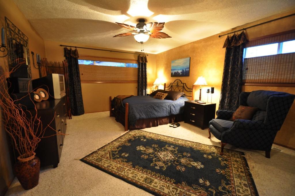 daine auman 39 s blog choosing bedroom color scheme. Black Bedroom Furniture Sets. Home Design Ideas