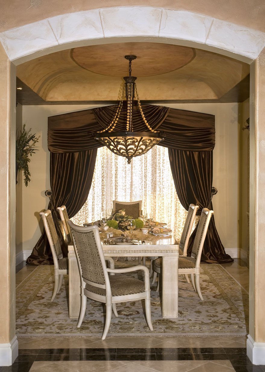 Designer window treatments 2017 grasscloth wallpaper for Dining room window designs
