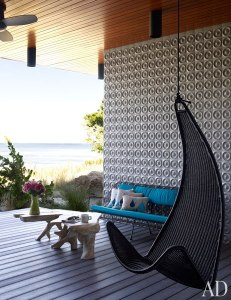 Outdoor room accent wall
