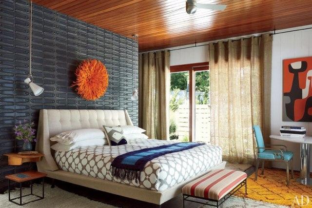 Sheer draperies in a bedroom